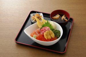 弁慶鮨のキラキラ秋旨丼