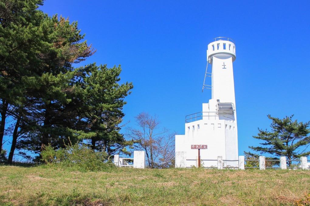 神割崎キャンプ場 寺浜灯台