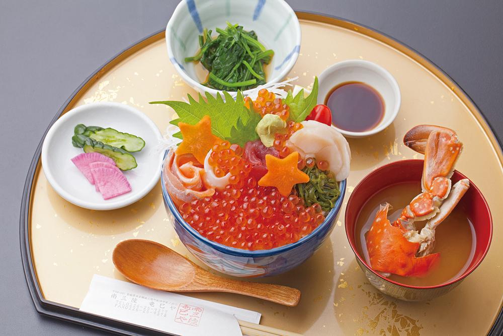 今週のイチ丼「南三陸 竜巳や」のキラキラいくら丼!