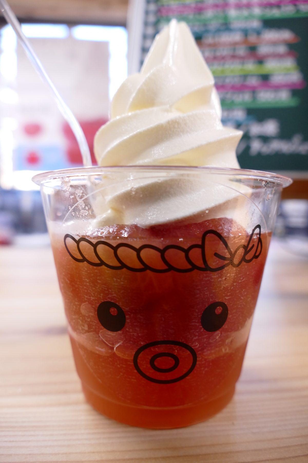 一度食べたらやみつき?Vege Cafe(ベジカフェ)の『タコソフトクリーム』!