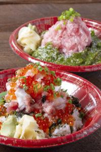 超ド級!山内鮮魚店の新商品『そびえたつ海鮮丼』&『そびえたつネギトロ丼』!
