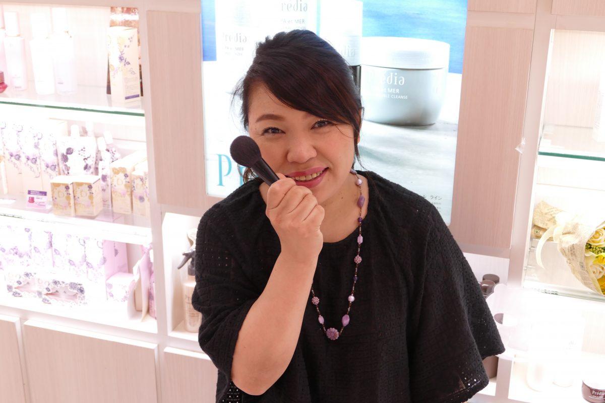 さんさん商店街の化粧品店『おしゃれ空間 Lips』!
