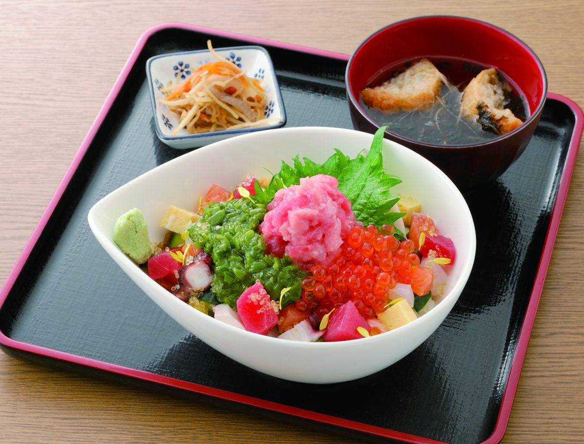 今週のイチ丼!「弁慶鮨」のキラキラ春つげ丼!