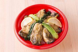 今週のイチ丼!南三陸産の大振り牡蠣がふんだんにのった「山内鮮魚店」のキラキラ春つげ丼!