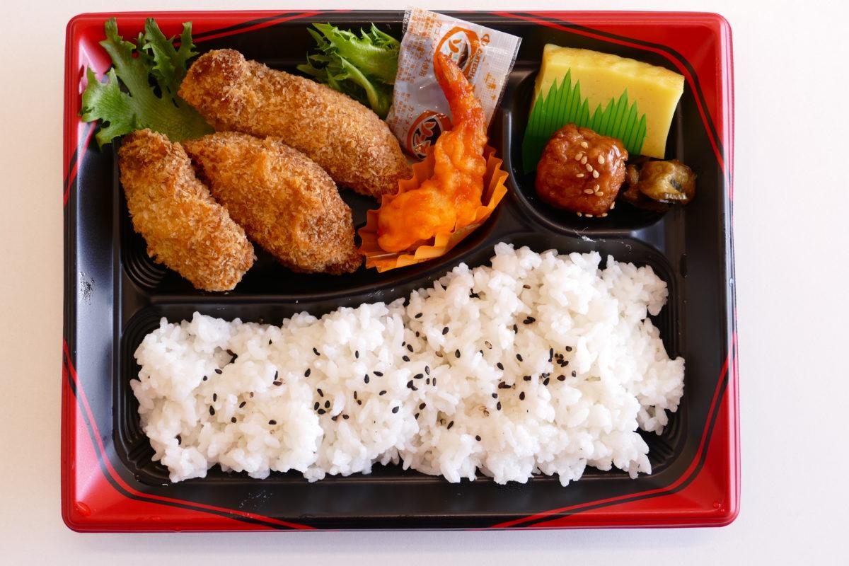 """海鮮 マルセンの""""牡蠣フェスティバル""""熱々メニュー『かきフライ弁当』!"""