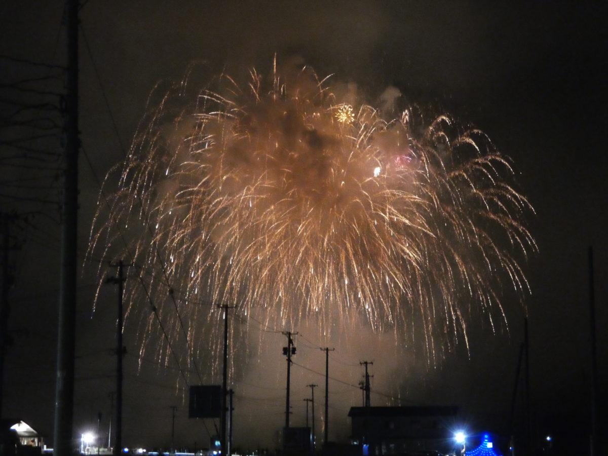 花火スポットの穴場?さんさん商店街からも『志津川湾夏まつり福興市』の花火が見えました!