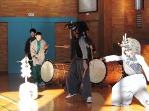 12月1日(日)秋田県大館市立下川沿中学校の生徒による『獅子踊り』披露がございます!