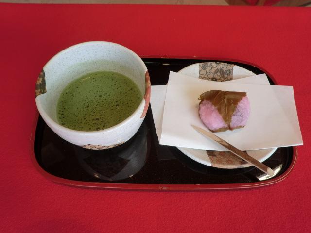 阿部茶舗×オーイング菓子工房 Ryoコラボレーション企画『抹茶セット』!週末限定で味わえます!
